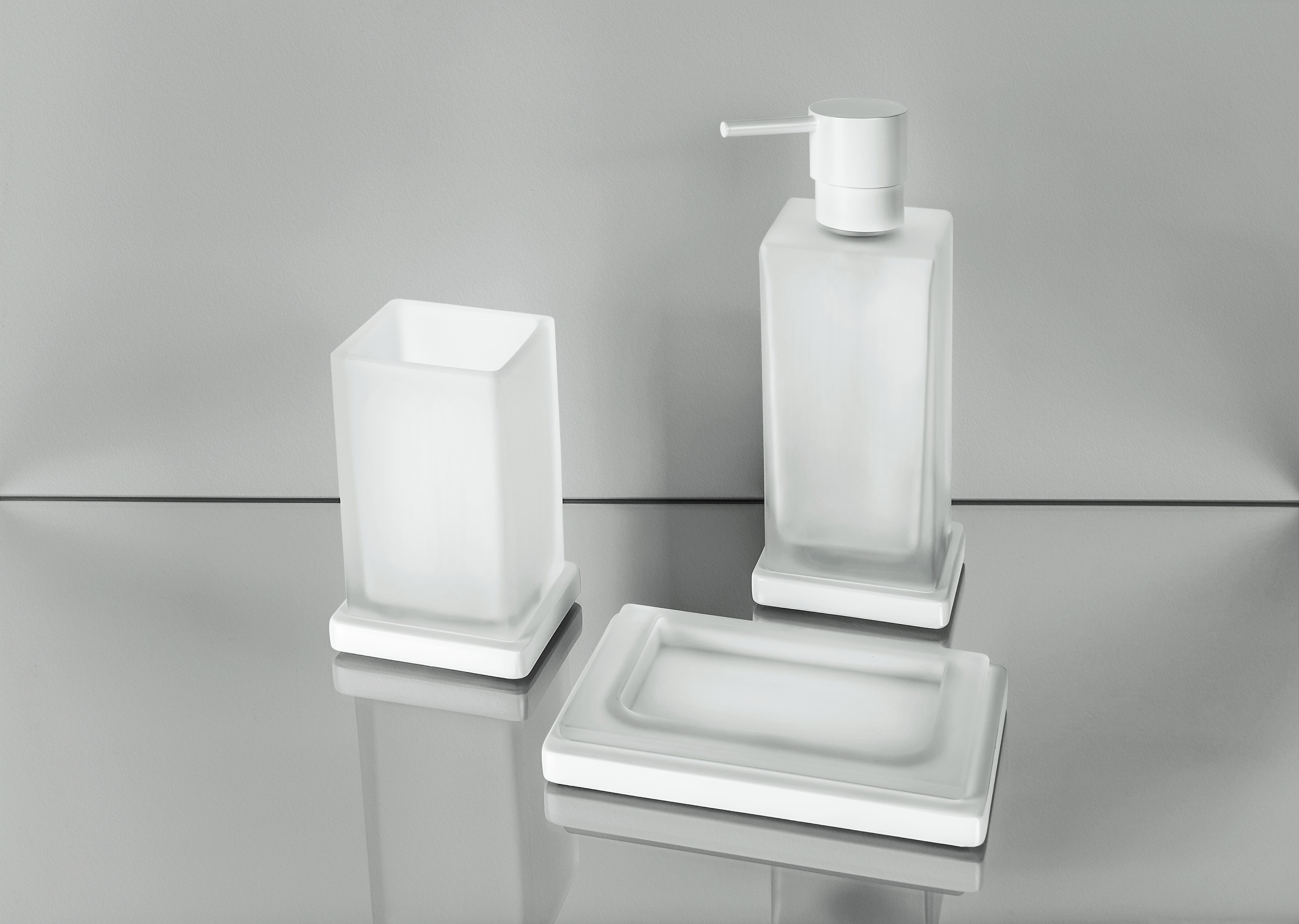 Porta bicchiere B1641 - portasapone B1640 - Spandisapone B9317
